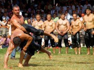 В Эдирне прошел Фестиваль масляной борьбы