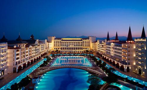 Султанская роскошь отеля Mardan Palace.