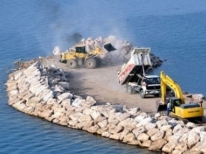 На озере Ван началось строительство яхтенного порта